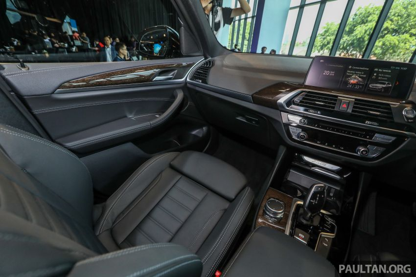 G01 BMW X3 launched in M'sia – 30i Luxury, RM314k Image #809331