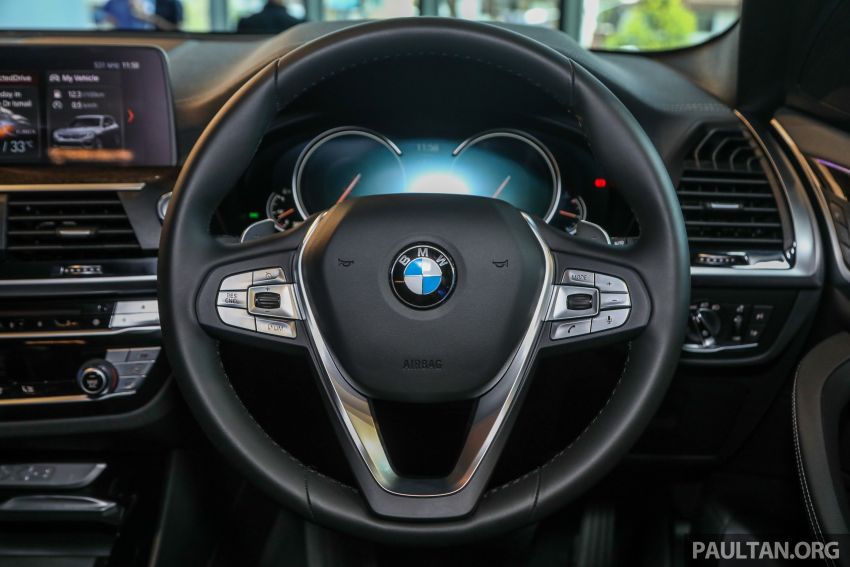 G01 BMW X3 launched in M'sia – 30i Luxury, RM314k Image #809307