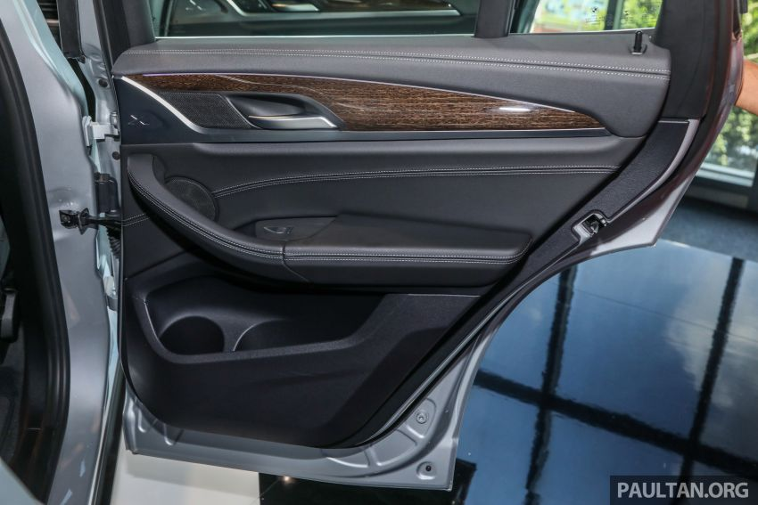 G01 BMW X3 launched in M'sia – 30i Luxury, RM314k Image #809345