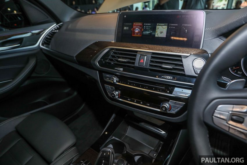 G01 BMW X3 launched in M'sia – 30i Luxury, RM320k Image #809311