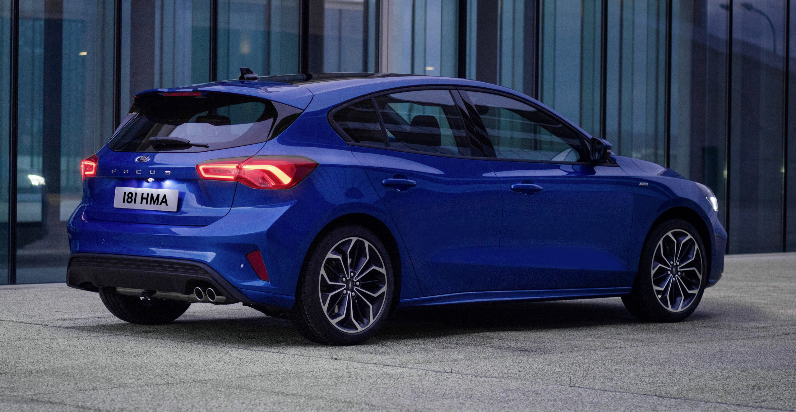 Ford Focus 2019 >> 2019 Ford Focus Mk4 debuts – three body-styles, six trim levels, EcoBoost/EcoBlue engines, 8 ...