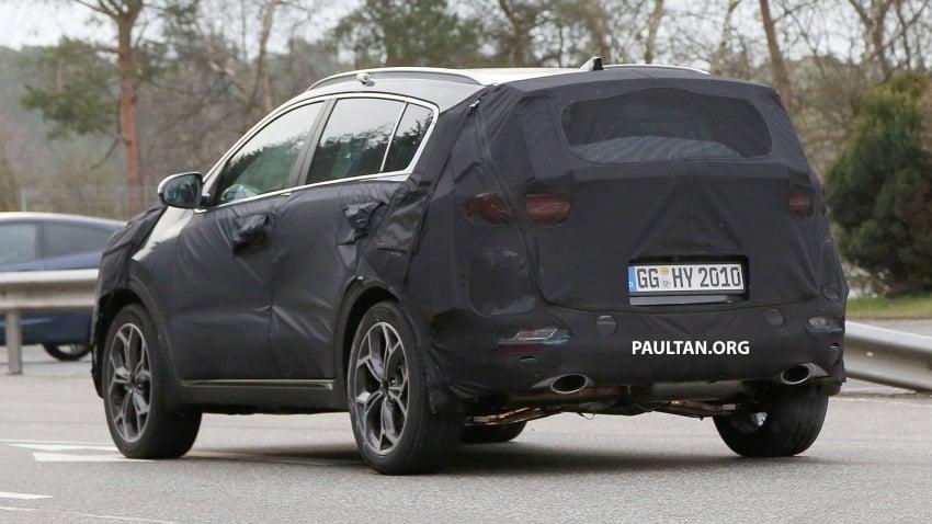 SPIED: Kia Sportage facelift seen near the Nurburgring Image #807780