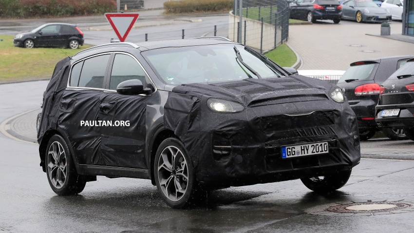 SPIED: Kia Sportage facelift seen near the Nurburgring Image #807789