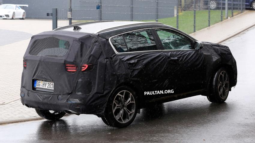 SPIED: Kia Sportage facelift seen near the Nurburgring Image #807792