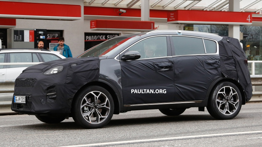 SPIED: Kia Sportage facelift seen near the Nurburgring Image #807782