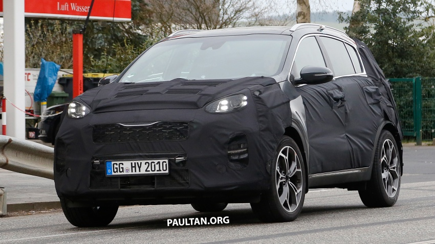 SPIED: Kia Sportage facelift seen near the Nurburgring Image #807786