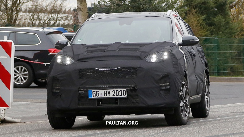 SPIED: Kia Sportage facelift seen near the Nurburgring Image #807787