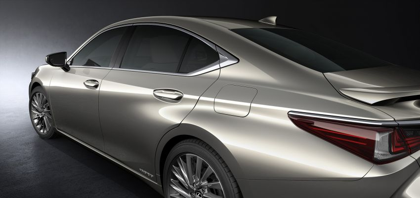 2019 Lexus ES debuts in Beijing – TNGA platform, hybrid and petrol powertrains, F Sport package Image #810800