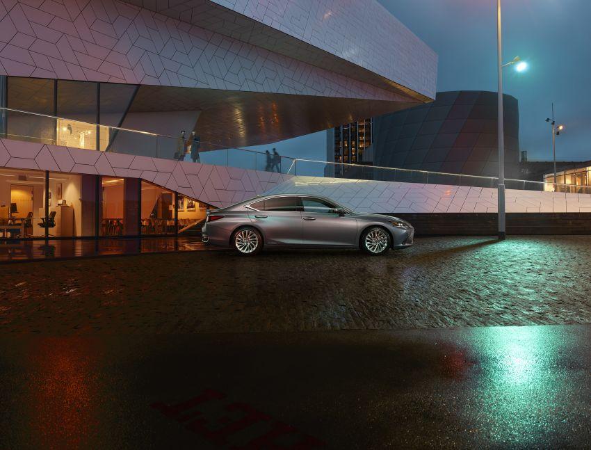 2019 Lexus ES debuts in Beijing – TNGA platform, hybrid and petrol powertrains, F Sport package Image #810782