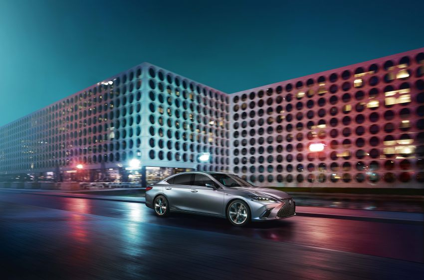 2019 Lexus ES debuts in Beijing – TNGA platform, hybrid and petrol powertrains, F Sport package Image #810783