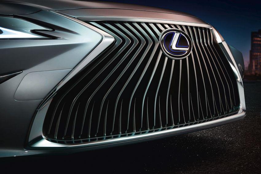 2019 Lexus ES debuts in Beijing – TNGA platform, hybrid and petrol powertrains, F Sport package Image #810789