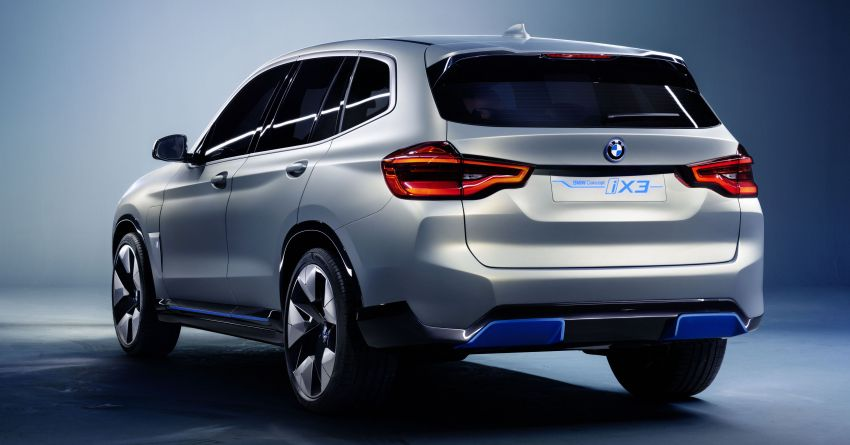 BMW Concept iX3 unveiled at Beijing Motor Show – based on the X3, 268 hp, 400 km all-electric range Image #811095