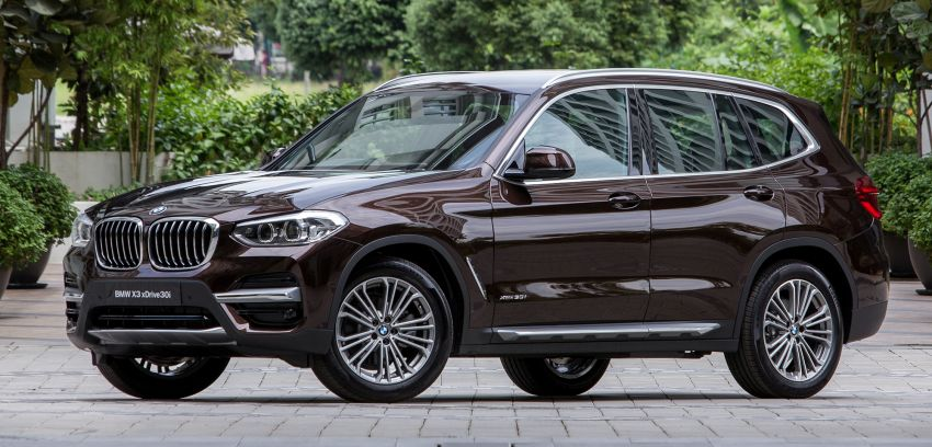 G01 BMW X3 launched in M'sia – 30i Luxury, RM314k Image #809133