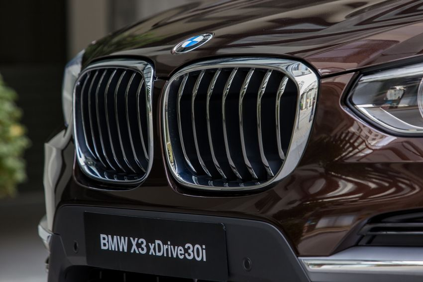 G01 BMW X3 launched in M'sia – 30i Luxury, RM314k Image #809171