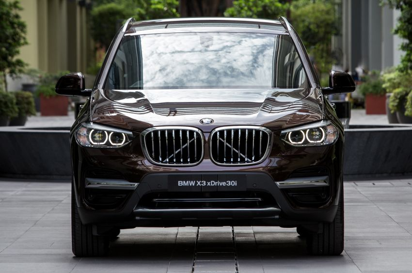 G01 BMW X3 launched in M'sia – 30i Luxury, RM314k Image #809172