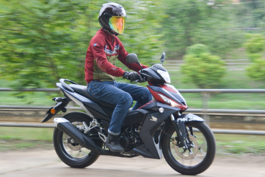 SYM VF3i vs Yamaha Y15ZR, Honda RS150R, Benelli RFS150i – latest 'supercub' takes on the establishment Image #808372