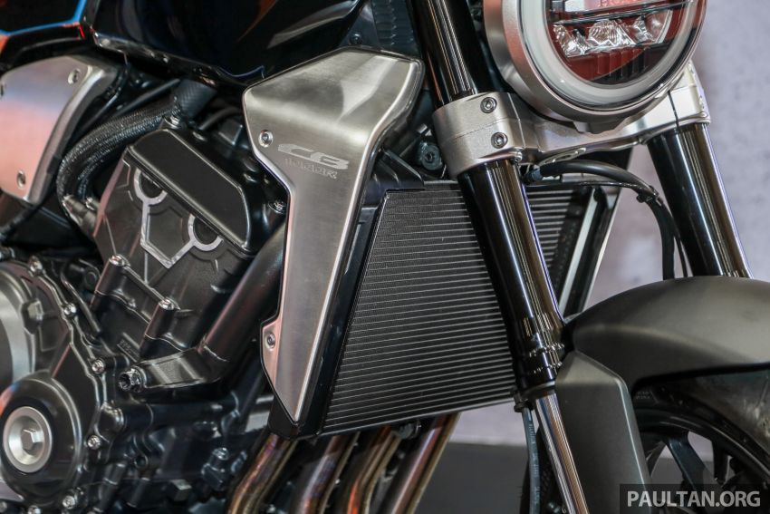 Harga Honda X-ADV, Africa Twin 2018 diumumkan – masing-masing bermula dari RM61,478 dan RM74,198 Image #812192
