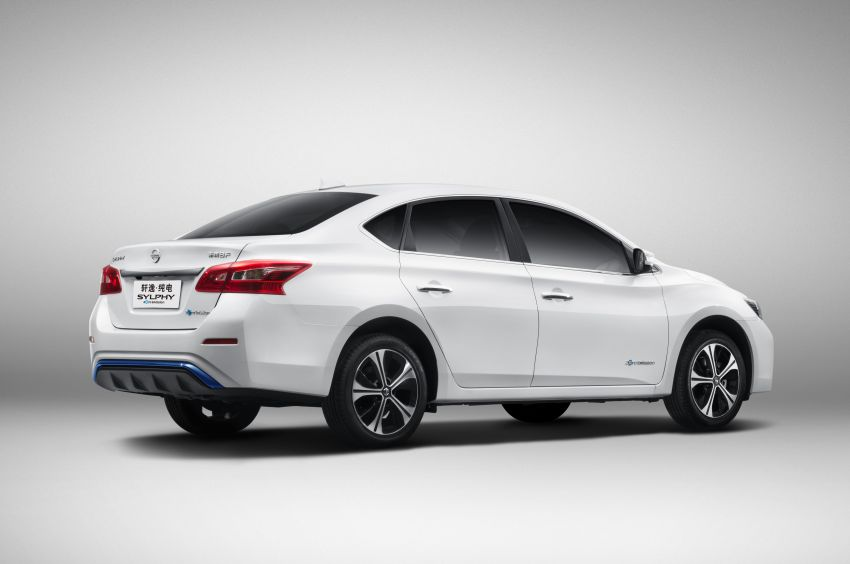Nissan Sylphy Zero Emission debuts – built for China Image #810767
