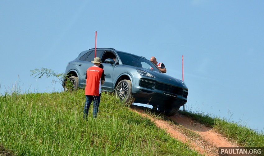 DRIVEN: E3 Porsche Cayenne tested on- and off-road – new brake technology, four-wheel steering and more Image #802598