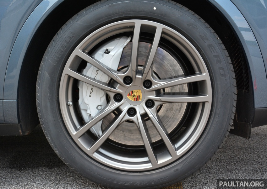 DRIVEN: E3 Porsche Cayenne tested on- and off-road – new brake technology, four-wheel steering and more Image #802609