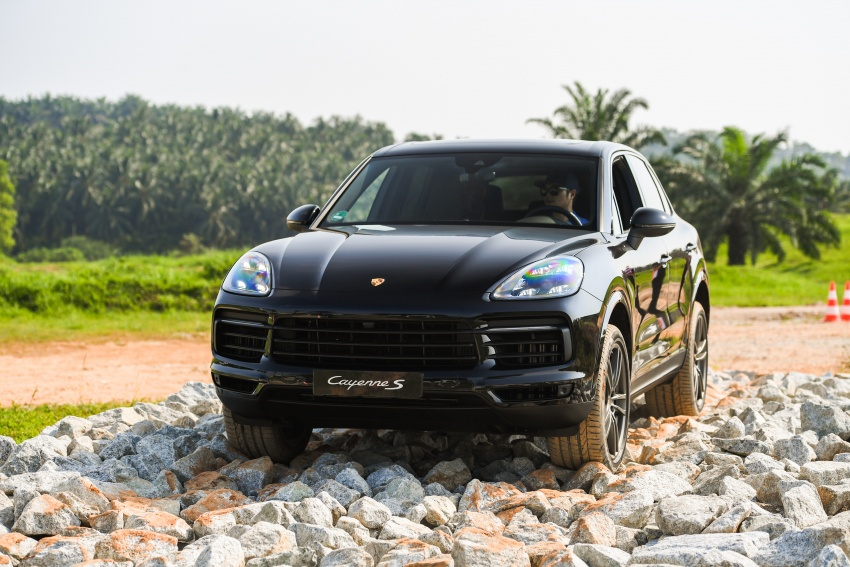 DRIVEN: E3 Porsche Cayenne tested on- and off-road – new brake technology, four-wheel steering and more Image #802638