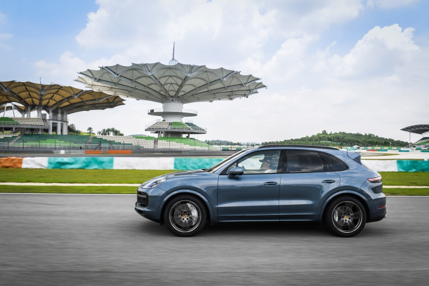 DRIVEN: E3 Porsche Cayenne tested on- and off-road – new brake technology, four-wheel steering and more Image #802641