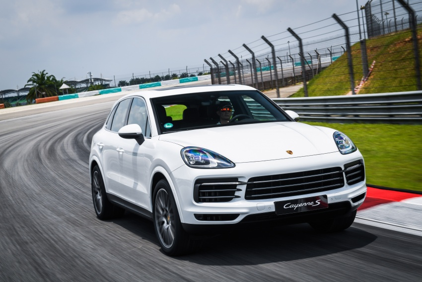 DRIVEN: E3 Porsche Cayenne tested on- and off-road – new brake technology, four-wheel steering and more Image #802643