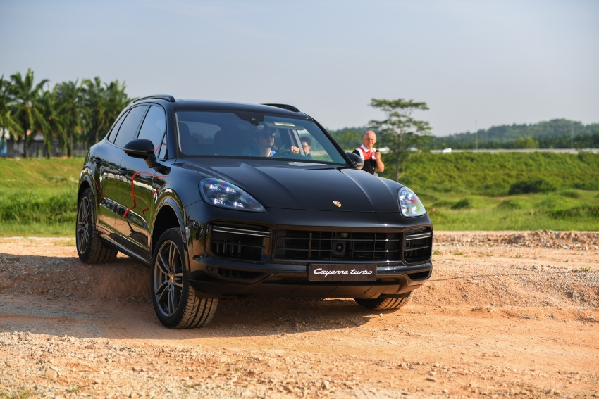 DRIVEN: E3 Porsche Cayenne tested on- and off-road – new brake technology, four-wheel steering and more Image #802627