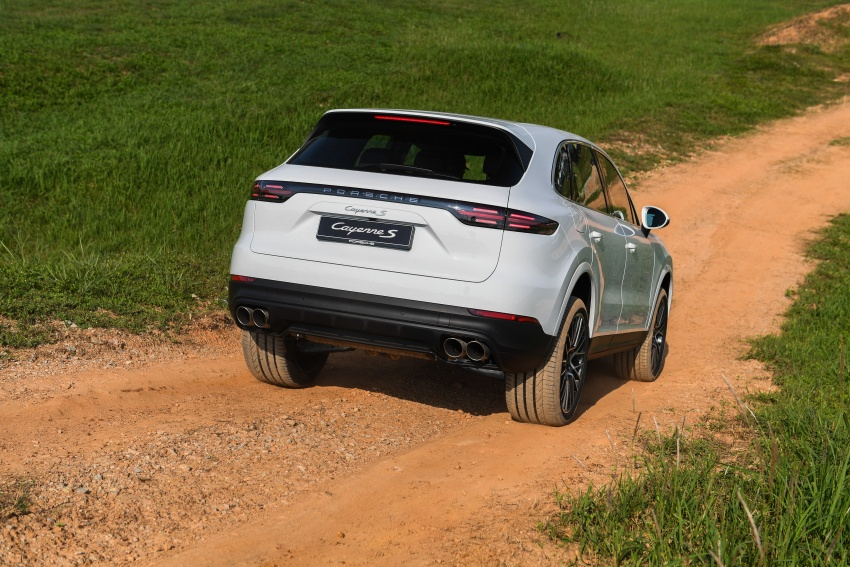 DRIVEN: E3 Porsche Cayenne tested on- and off-road – new brake technology, four-wheel steering and more Image #802632