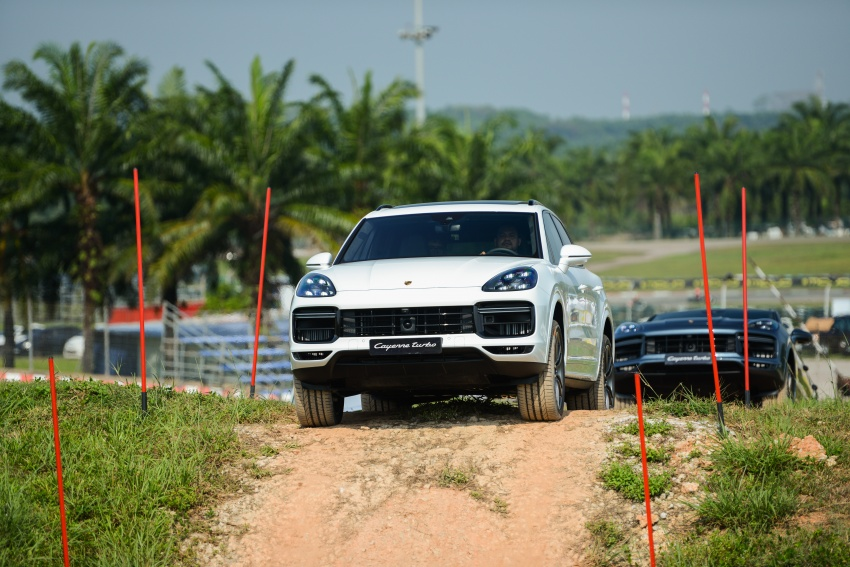 DRIVEN: E3 Porsche Cayenne tested on- and off-road – new brake technology, four-wheel steering and more Image #802633