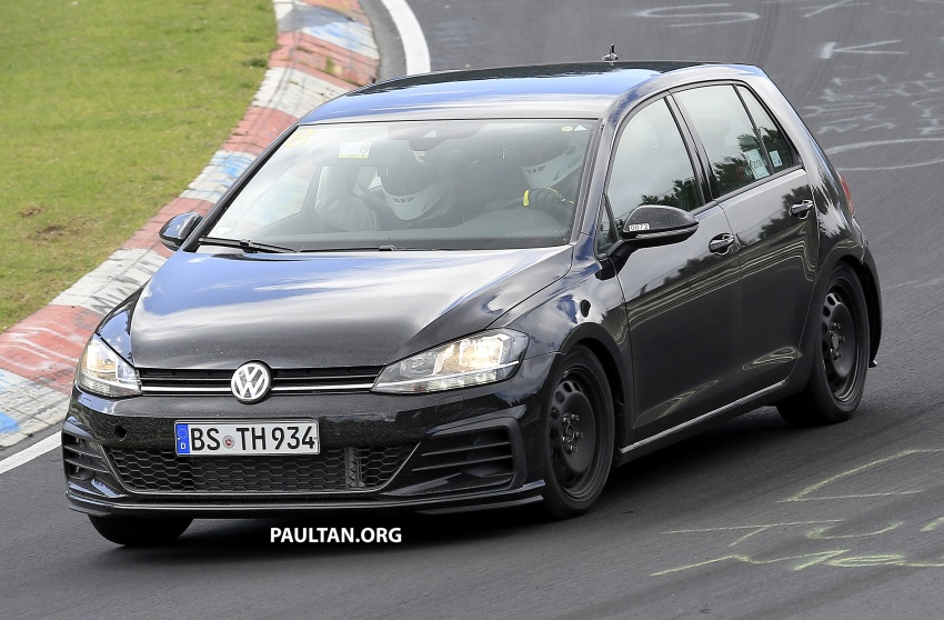SPIED: Volkswagen Golf Mk8 seen for the first time Image #807458