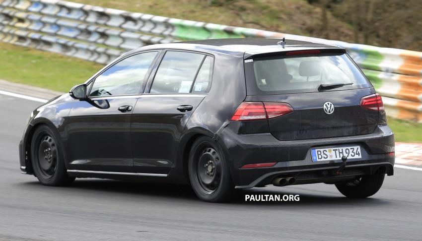 SPIED: Volkswagen Golf Mk8 seen for the first time Image #807421