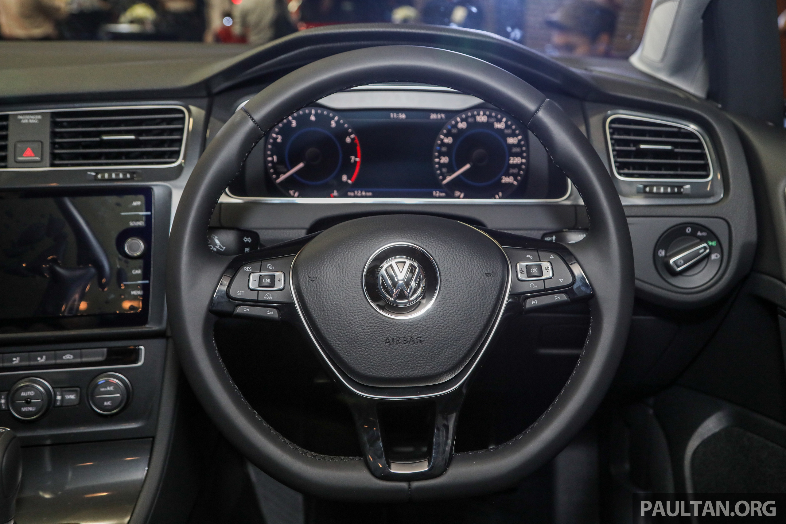 2018 Volkswagen Golf R-Line in Malaysia – RM166,990 Paul Tan - Image 812562