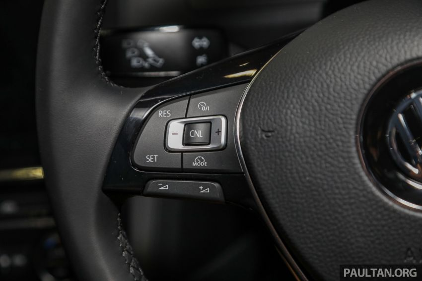 2018 Volkswagen Golf R-Line in Malaysia – RM166,990 Image #812563