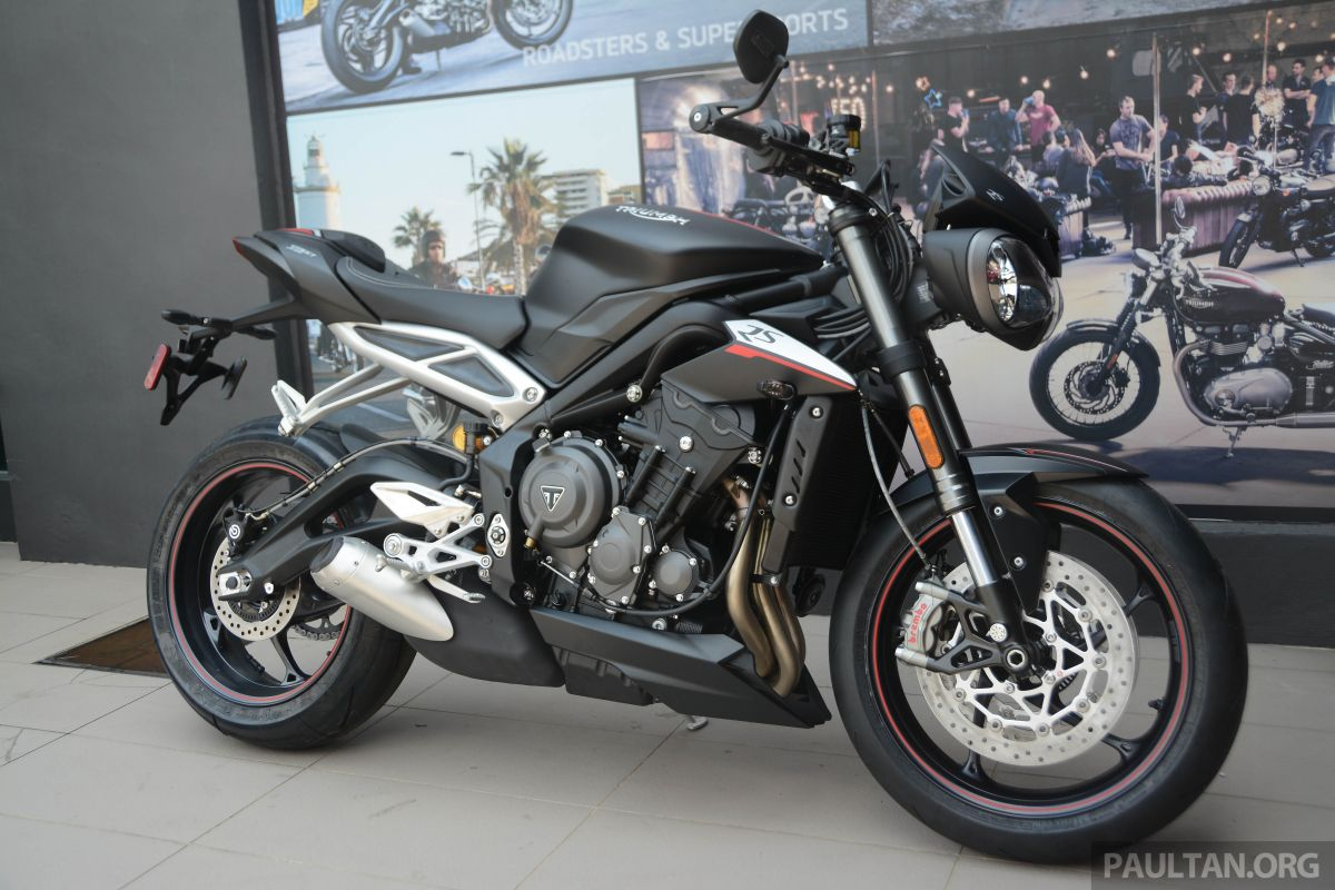 2019 triumph street triple 765rs in new colours priced at rm62 900 765s at rm49k 765r at. Black Bedroom Furniture Sets. Home Design Ideas