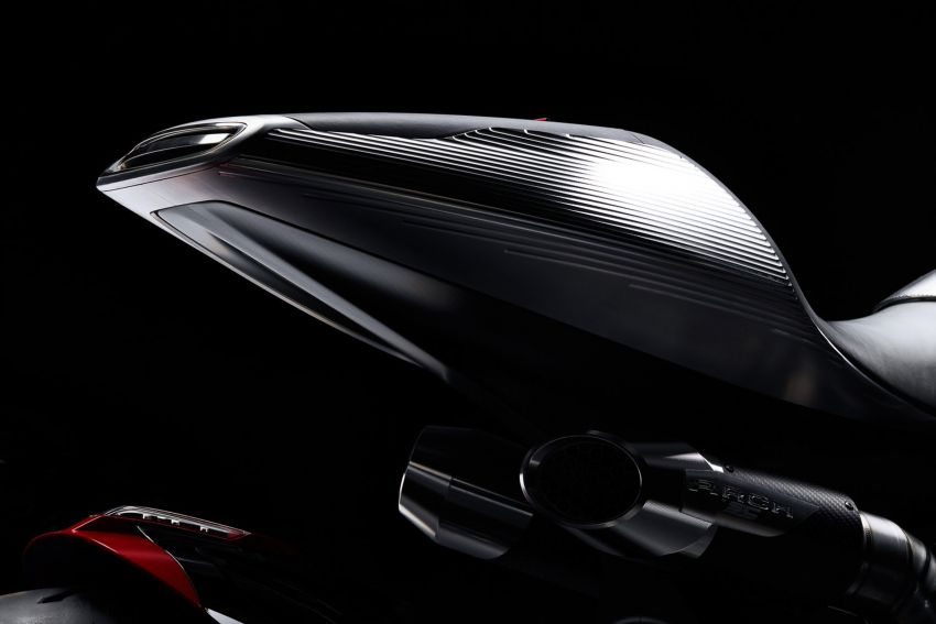 Arch Motorcycles Method 143 – casis gentian karbon Image #817625