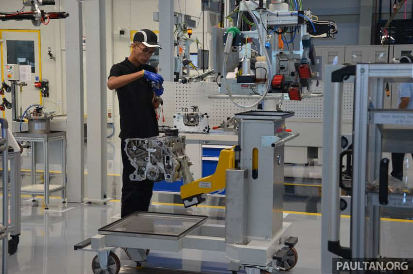 BMW officially opens Kulim engine assembly plant – RM132mil facility by Sime Darby Auto Engineering Image #814761