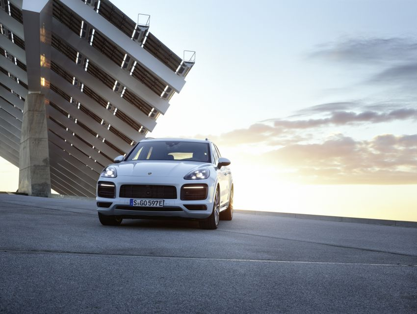 E3 Porsche Cayenne E-Hybrid revealed with 462 PS Image #814014