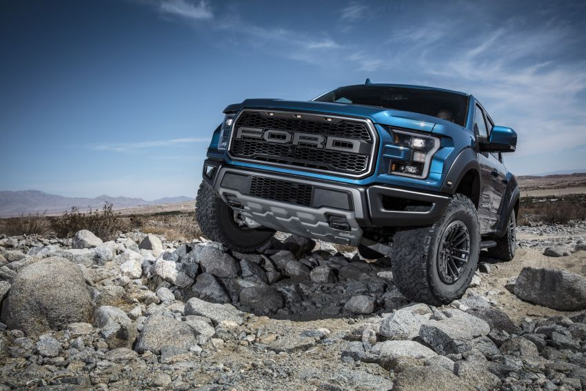 2019 Ford F-150 Raptor now with uprated Fox dampers Image #821124