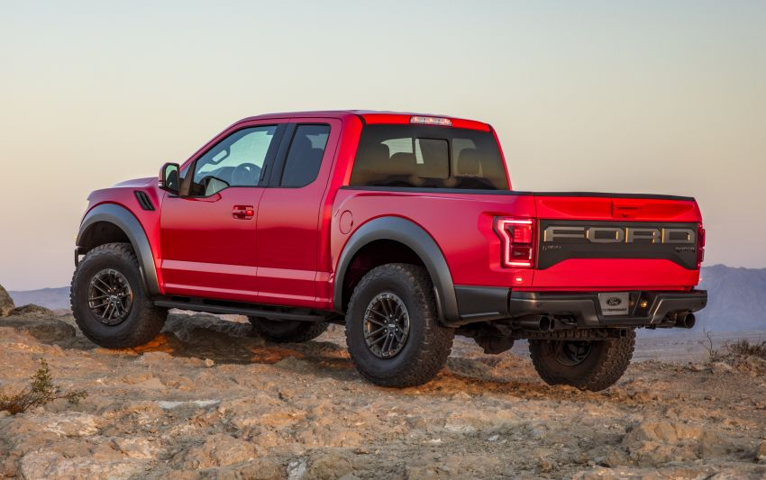 2019 Ford F-150 Raptor now with uprated Fox dampers Image #821130