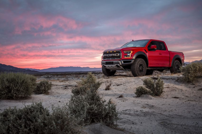2019 Ford F-150 Raptor now with uprated Fox dampers Image #821132