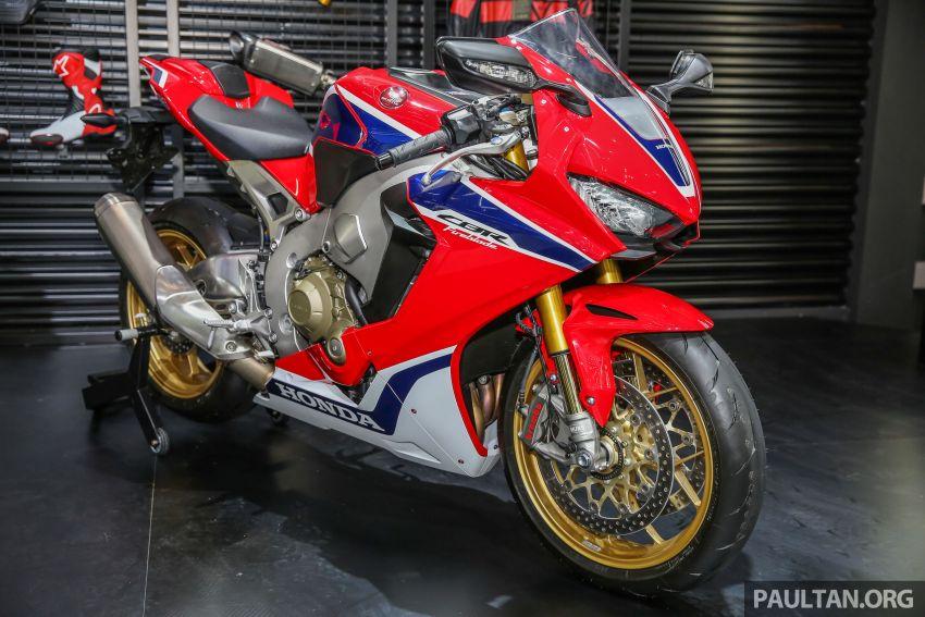 Is the Honda V4 superbike making a comeback? Image #816922