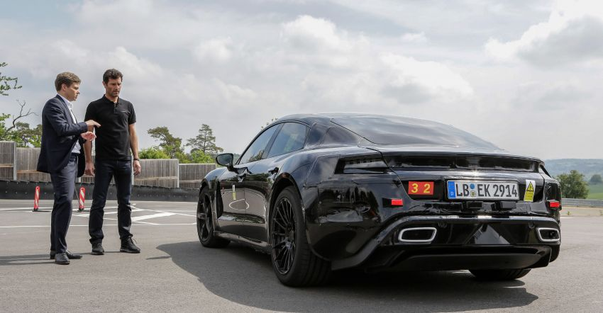 VIDEO: Porsche Mission E test driven by Mark Webber Image #819176