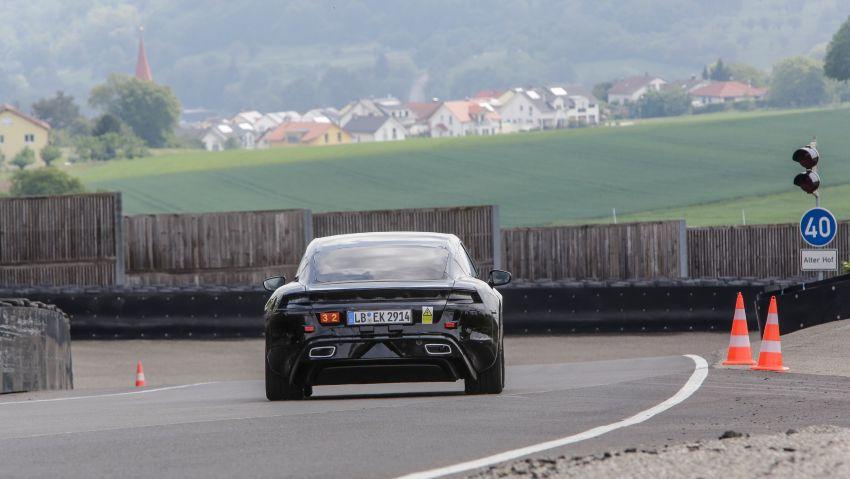 VIDEO: Porsche Mission E test driven by Mark Webber Image #819177