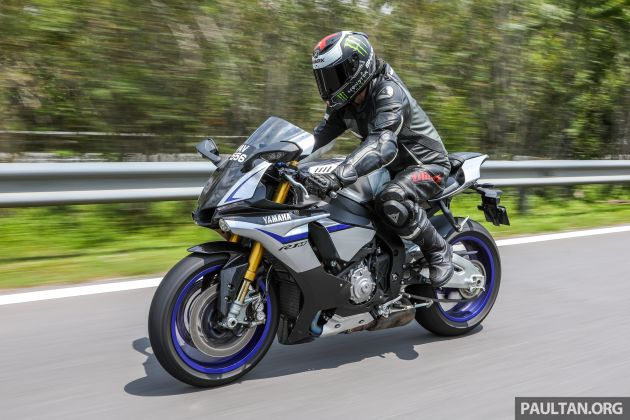 But Let S Get One Thing Straight There Is The Yzf R1 And Then This R1m Which Takes Everything Turns Dial Up To 11