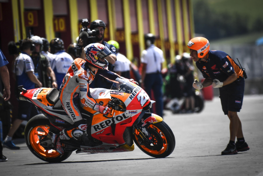 Hafizh Syahrin stays with Tech3 in 2019, to ride KTM Image #824550