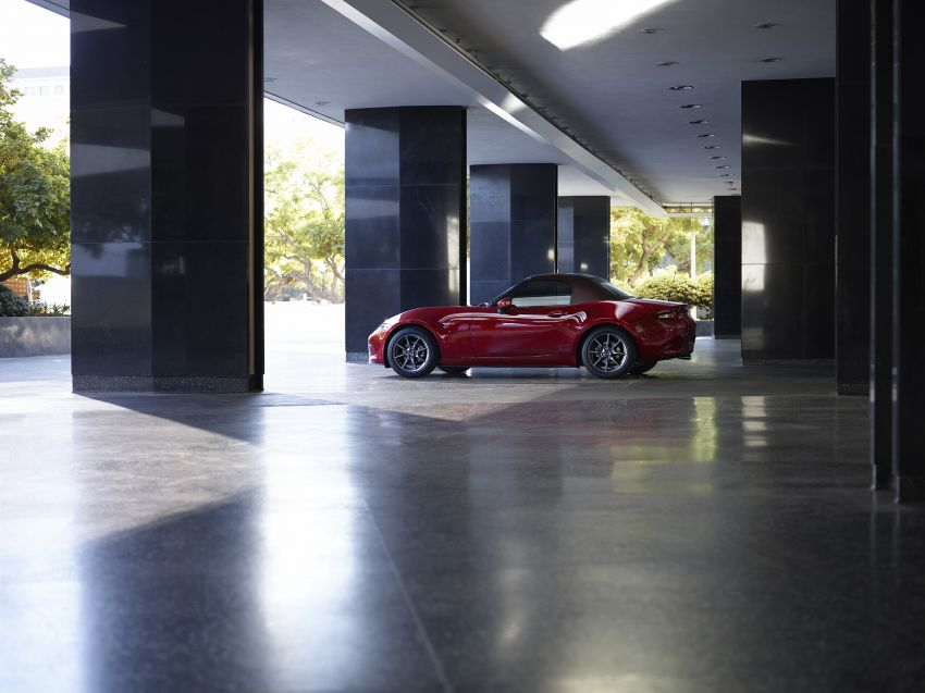 Mazda MX-5 update detailed – 2.0L jumps from 160 to 184 PS; lower emissions, improved active safety Image #829022