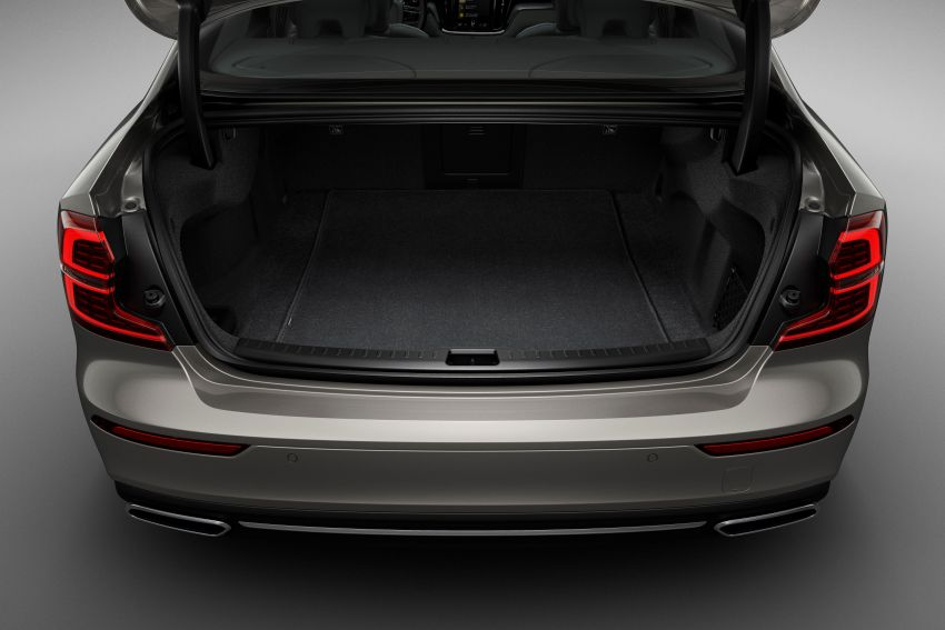 2019 Volvo S60 revealed – petrol powertrains only, optional Polestar Engineered upgrade, up to 415 hp Image #829201