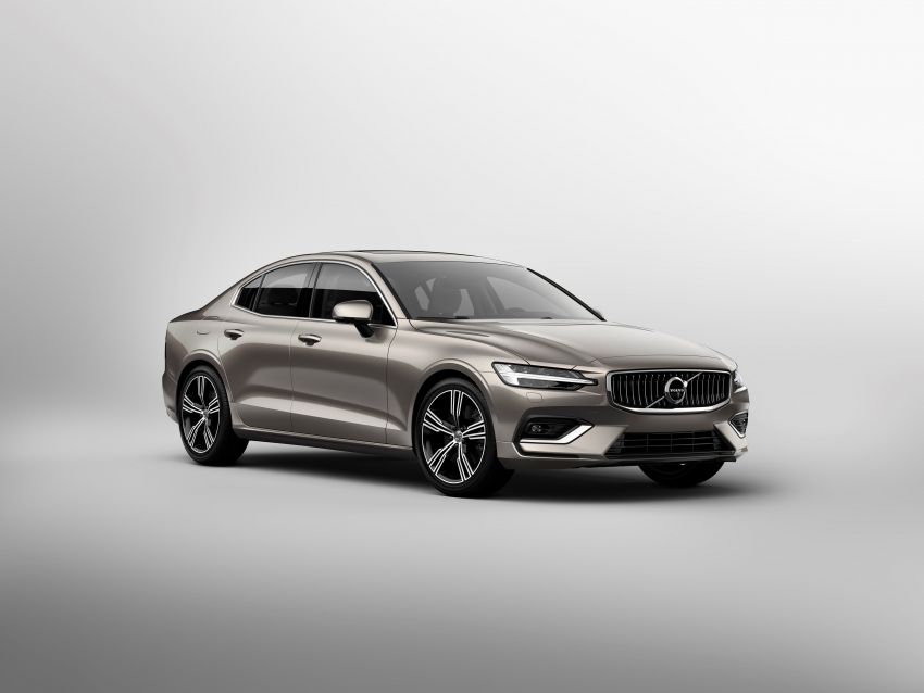 2019 Volvo S60 revealed – petrol powertrains only, optional Polestar Engineered upgrade, up to 415 hp Image #829170