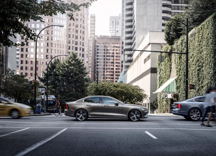 2019 Volvo S60 revealed – petrol powertrains only, optional Polestar Engineered upgrade, up to 415 hp Image #829216